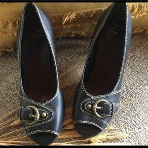 Aerosoles Leather Peep Toe Heel